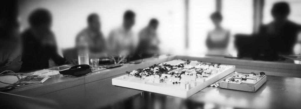 Le cabinet IFC EXPERTISE FAVRE-REGUILLON intervient aux cotés des collectivités locales (mairies et EPCI) sur toutes problématiques relavant du champ de l'ingénierie foncière : études de marchés résidentiels et professionnels, calcul de charge foncière à rebours avec méthodes budgets promoteur et lotisseur, assitance à ma^trise d'ouvrage sur des problématiques d'urbanisme opérationnel, etc.